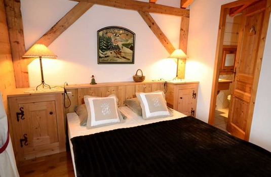 Resort carousel jardin bedroom le praz 123