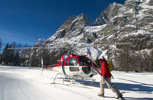 Courmayeur helicopter in winter