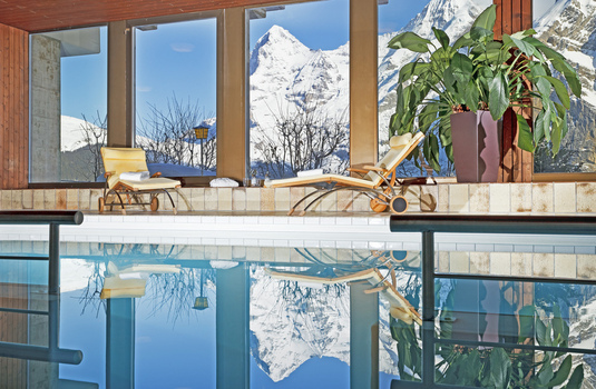 Resort carousel hotel eiger swimming pool switzerland