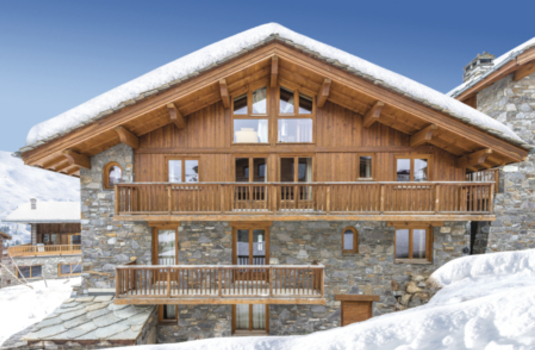 Chalet Isabelle Exterior in winter Tignes France