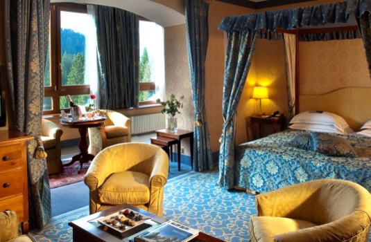 Resort carousel golf hotel campiglio junior suite antica