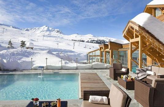Hotel Annapurna outdoor pool