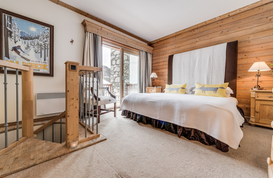 Resort carousel ski hotel bedroom