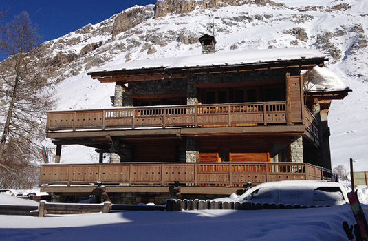 Chalet Ananda exterior
