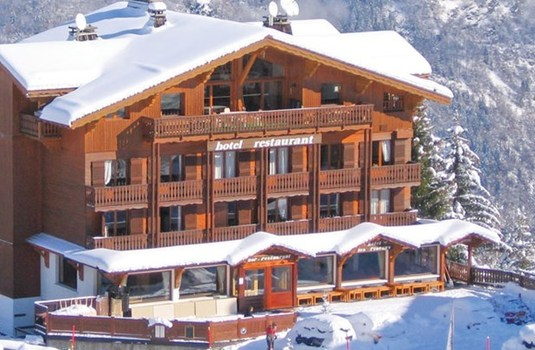 Resort carousel hotel les flocons courchevel exterior