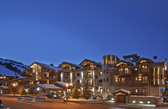 L'apogee exterior in Courchevel