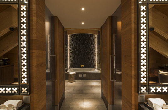Resort carousel the chedi andermatt suite bathroom