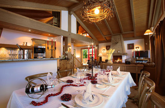 Chalet Marmotte Couchevel Dining