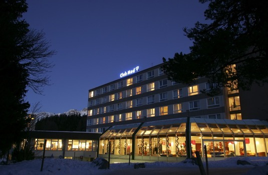 Resort carousel club med st moritz exterior night