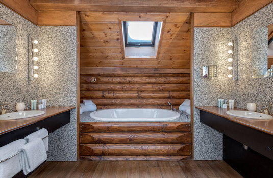 Resort carousel hotel le lodge park megeve bathroom