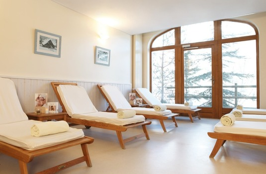 Resort carousel club med serre chevalier spa