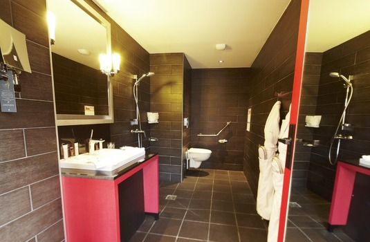 Resort carousel club med valmorel bathroom