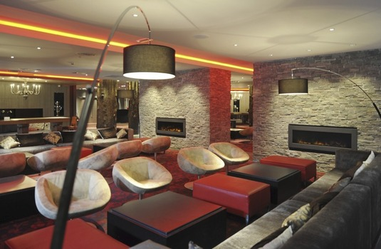 Resort carousel club med valmorel lounge2
