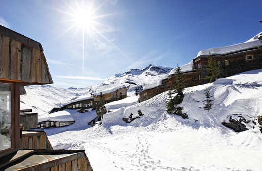 Resort carousel hotel des dromonts avoriaz view2