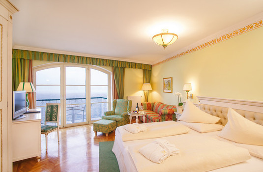 Grand Hotel Zell am See Bedroom