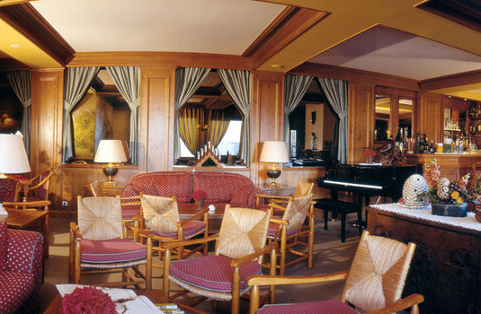 Chalet Hotel Alba | Meribel | France | Lounge |
