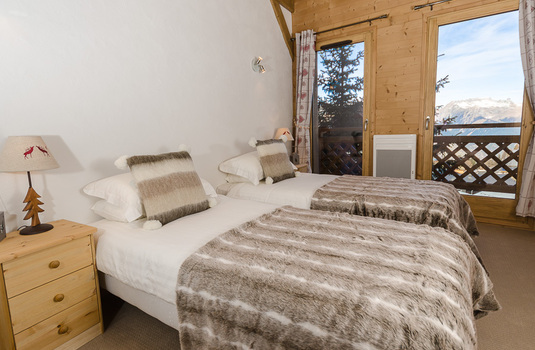 Resort carousel bedroom boule des neige