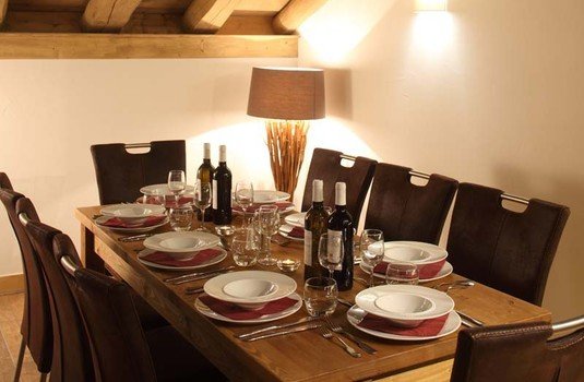 Resort carousel chalet escamillo tignes dining