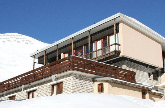 Resort carousel chalet canvolan tignes france exterior