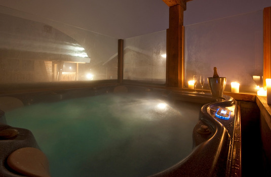 Resort carousel chalet silver verbier hot tub