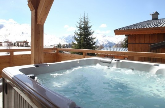 Chalet Friandise Hot tub