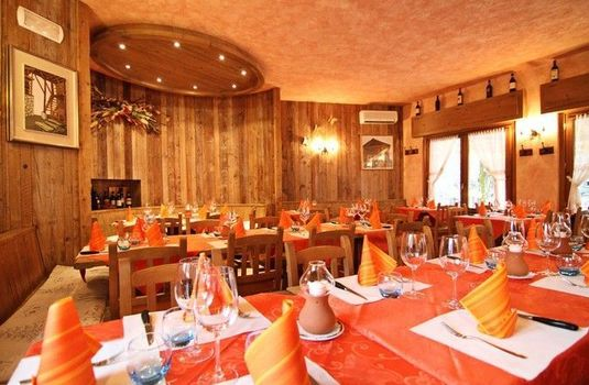 Resort carousel hotel stella del nord courmayeur italy dining