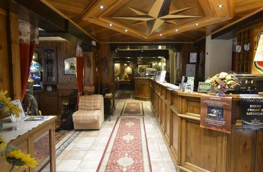 Resort carousel hotel stella del nord courmayeur italy reception