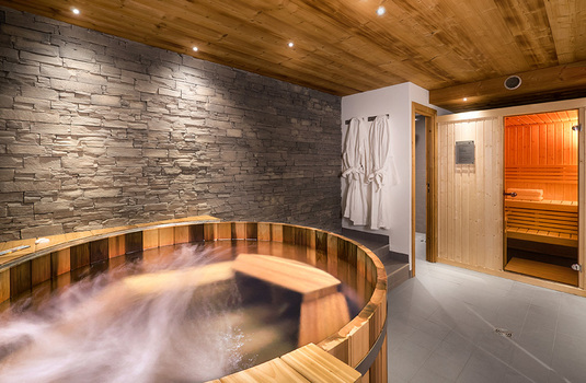 Chalet Madrisah | Val D'Isere | France | Wet Suite |
