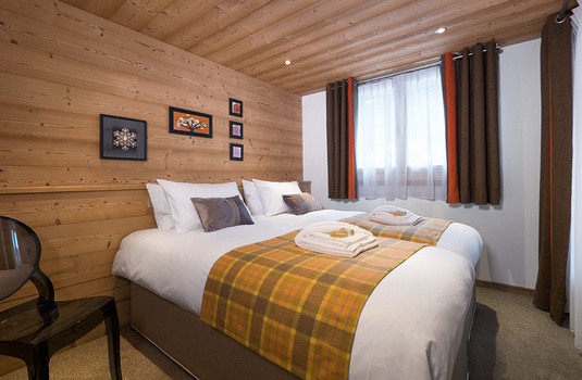 Resort carousel chalet nevada morzine france bedroom