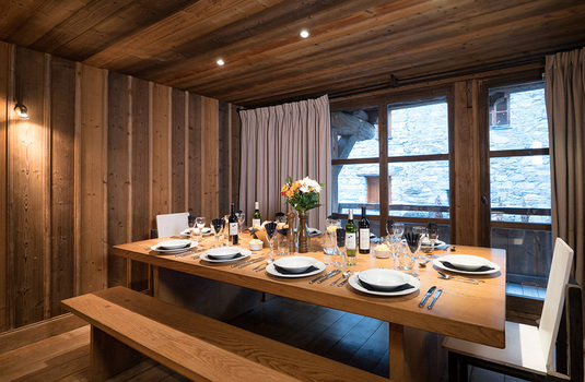 Resort carousel chalet farmhouse val disere dining