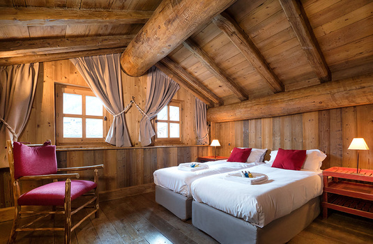 Resort carousel chalet farmhouse val disere bedroom