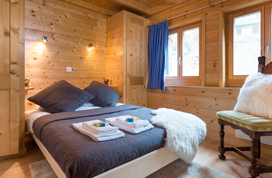 Resort carousel chalet refuge darbay verbier switzerland bedroom