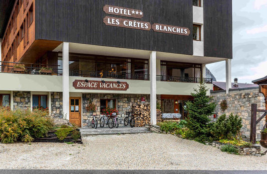 Hotel Cretes Blanches | Val D'Isere | France | Exterior |