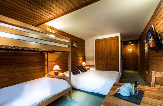 Hotel Cretes Blanches | Val D'Isere | France | Bedroom |