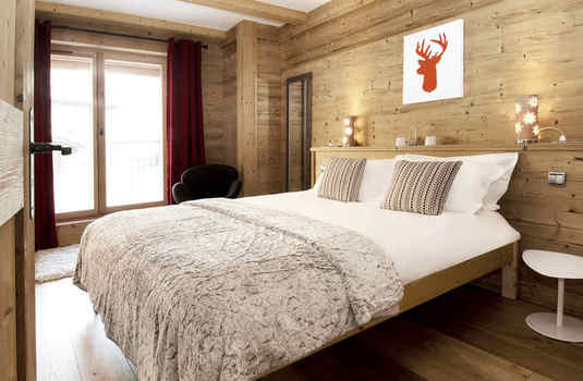 typical bedroom of Chalet Sarire