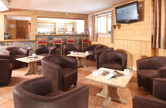 Resort carousel ski chalet france aigle lodge bar