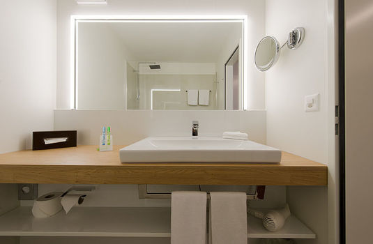 Resort carousel hotel waldegg engelberg superior double bathroom