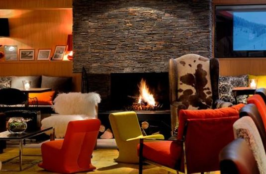 Resort carousel hotel le savoy meribel bar