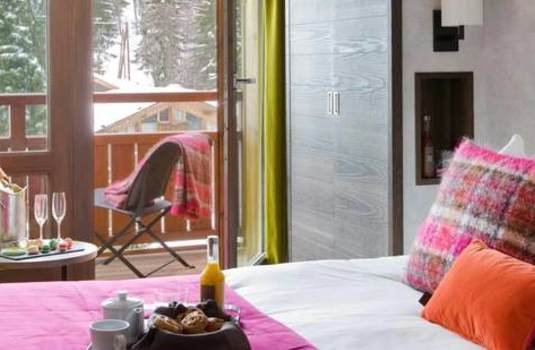 Resort carousel hotel le savoy meribel bedroom