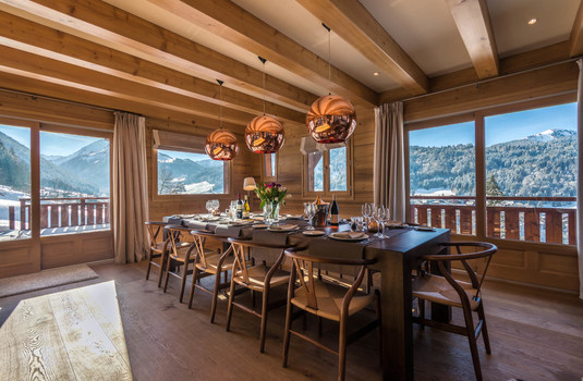 Chalet M - dining area