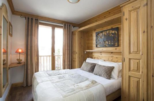 Resort carousel tignes chalet les andes bedroom