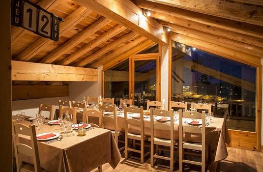 Chalet Les Andes Dining