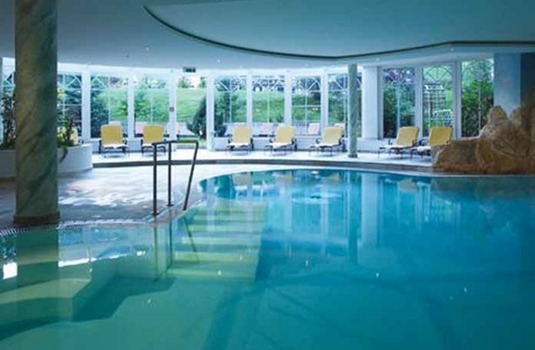Resort carousel hotel alte post indoor pool