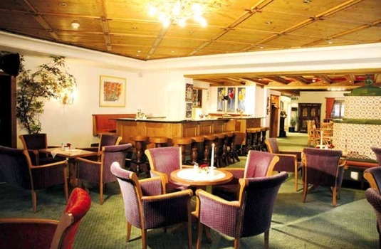 Resort carousel hotel arlberg bar lounge