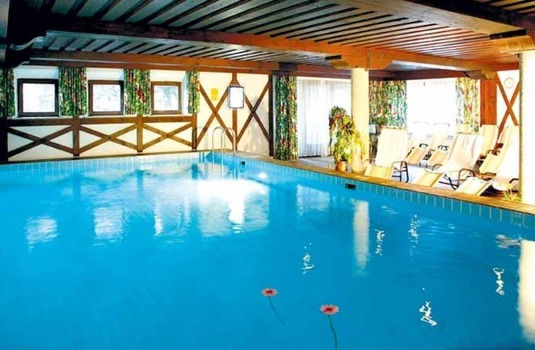 Resort carousel hotel arlberg indoor pool