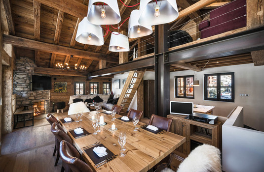 Chalet Papillon Dining