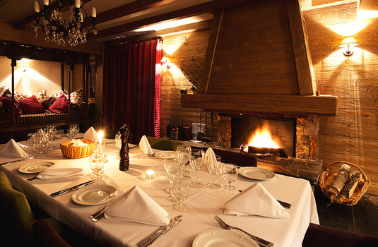 Chalet La Vieille Forge Dining