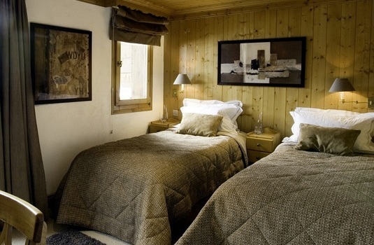 Chalet Genepi Bedroom 1