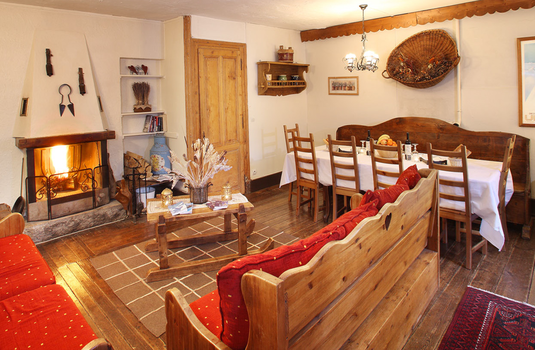 Chalet Cachat Dining