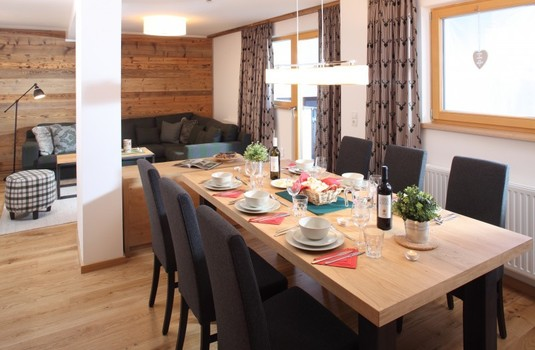 Chalet Kapall Dining